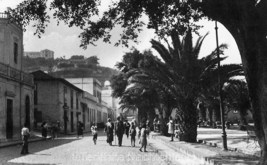 Calle Blanco am Plaza del Charco 1957